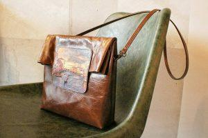 Новинка - сумка-почтальон Eshemoda!